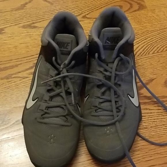 Nike Shoes   Mens Basketball Size 8